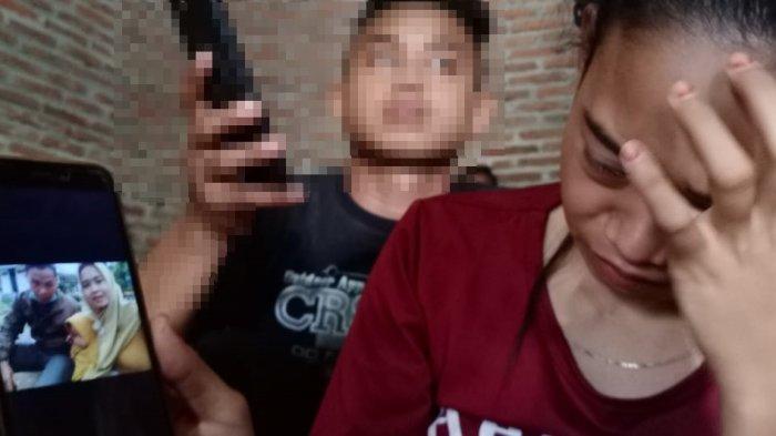 Ernawati suami Riyanto korban pesawat Sriwijaya Air SJ-182 saat ditemui di rumahnya di Kabupaten Sragen, Minggu (10/1/2021)