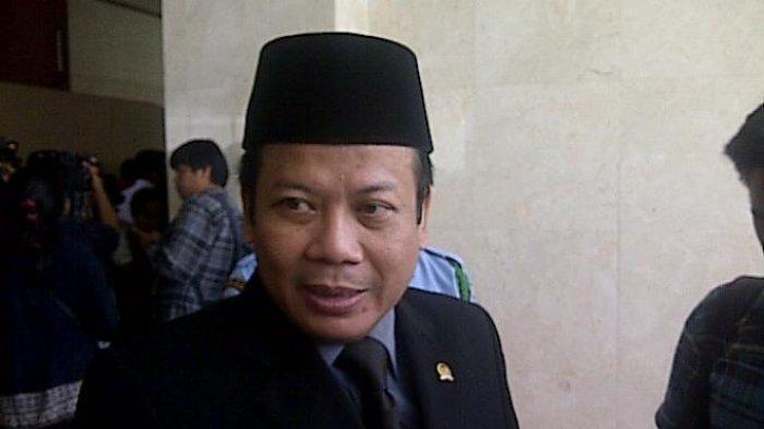Wakil Ketua DPR: Lebih Baik Mikir Harga Beras Ketimbang Ngurusi LGBT