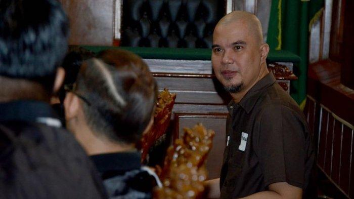 Ahmad Dhani Tak Mau Banyak Bicara Setiba di Rutan Cipinang