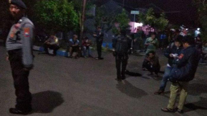 35 Personel Densus 88 Dibantu 65 Polisi Probolinggo Tangkap 3 Terduga Teroris