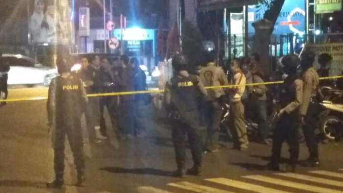 Kamis Dini Hari Tadi Densus Tangkap Terduga Teroris di Kota Probolinggo, Ini Barang Buktinya