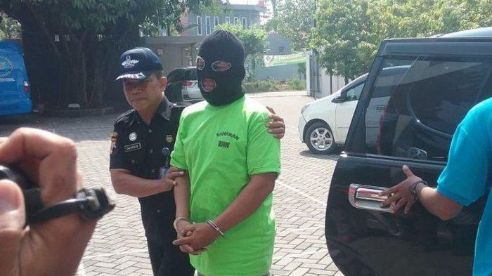 Dikejar Polisi, Pria Kendal yang Diduga Pengedar Sabu-sabu Ini Terjatuh dari Motor