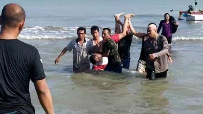 Tiga Bocah Terseret Ombak di Pantai Alam Indah, Air Sudah Masuk ke Paru dan Otak