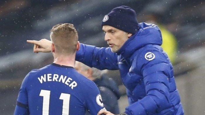 Timo Werner dan Thomas Tuchel dalam pertandingan Tottenham Hotspurs vs Chelsea, 4 Februari 2021.