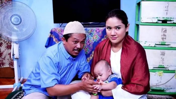 Pemeran Emak Mae Tukang Ojek Pengkolan Ungkap Sosok Ibu Kandung Januar alias Anto Anak Tisna