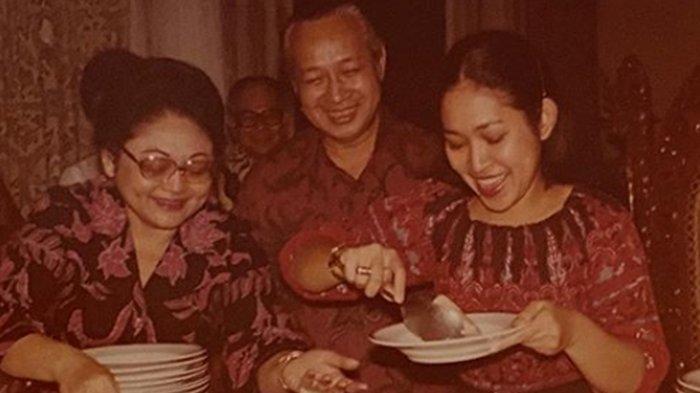 Titiek Soeharto Temukan Foto Lawas Bersama Mendiang Soeharto, Kenang Momen Perayaan Ultah ke-19