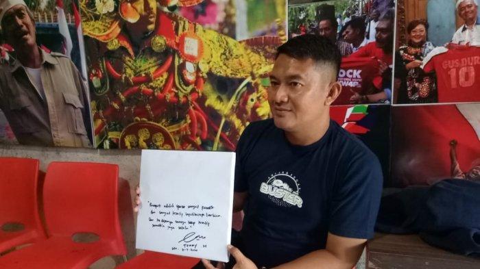 Kunjungi Museum Titik Nol Pasoepati, Adik Bomber Indriyanto Nugroho Kenang Golnya saat Bela Solo FC