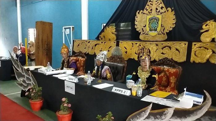 Tingkatkan Partispasi Pemilih, TPS di Klaten ini Usung Tema Kerajaan