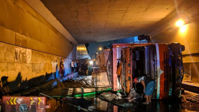 Kronologi dan Penyebab Truk Terguling di Underpass Makamhaji: Sopir Panik Lalu Banting Stir