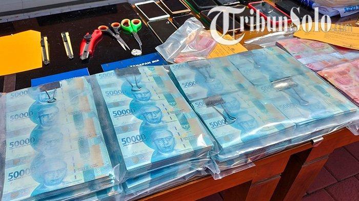 Begini Cara Pelaku Mengedarkan Uang Palsu Asal Boyolali : Lewat Dukun Pengganda Uang & Jalur Mistis
