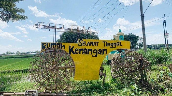 Digusur Tol Solo-Jogja Selama-lamanya, Warga Klaten Bikin Monumen Setum : Sedih Pergi dari Kampung