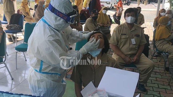 Imbas Guru SMAN 1 Gondang Sragen Meninggal Terpapar Covid-19, Puluhan Orang Jalani Rapid Antigen