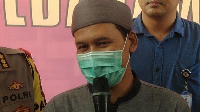 Ustaz Rahmat Baequni Dipulangkan Usai Diperiksa Hampir 20 Jam, Wajib Lapor 1 Minggu Sekali