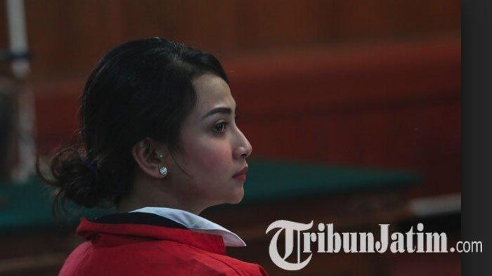 Ekspresi Vanessa Angel setelah Mendengar Tuntutan 6 Bulan Penjara dari Jaksa