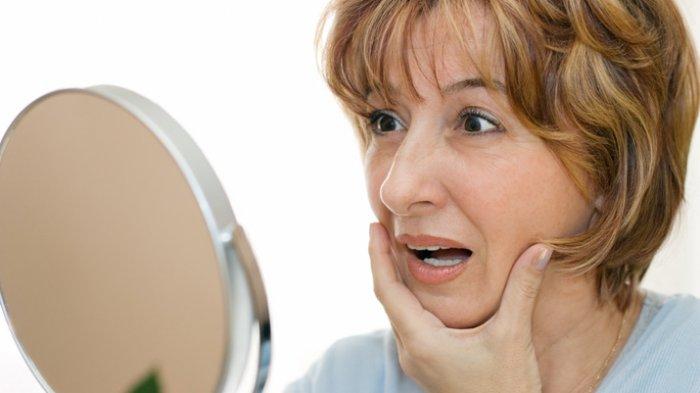 8 Penyebab Kulit Wajah Kendur yang Perlu Dihindari, Coba Atasi dengan Cara Ini