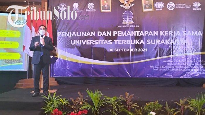 Kesaksian Pengelola Layanan di Grobogan : 204 Lulusan Universitas Terbuka Surakarta Lolos Jadi PNS