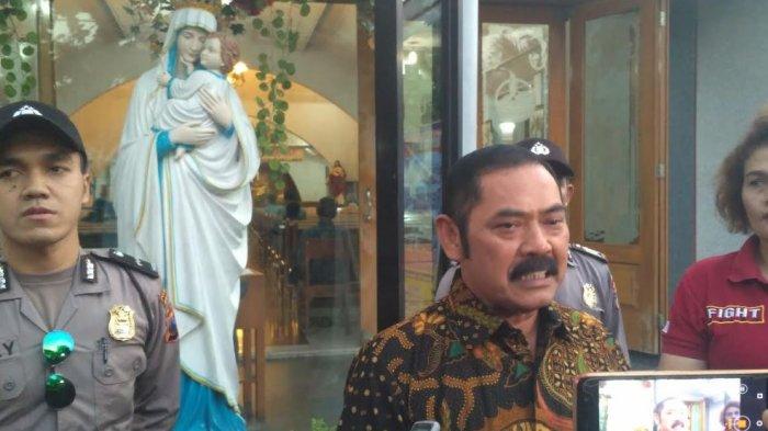 Usai Beribadah di Gereja Santa Perawan Maria Regina Jebres, Wali Kota Solo : Warga Tak Perlu Takut