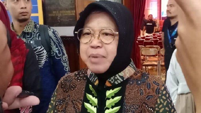 Wali Kota Surabaya, Tri Rismaharini, seusai menghadiri acara di Universitas Sebelas Maret (UNS) Solo, Rabu (4/3/2020).