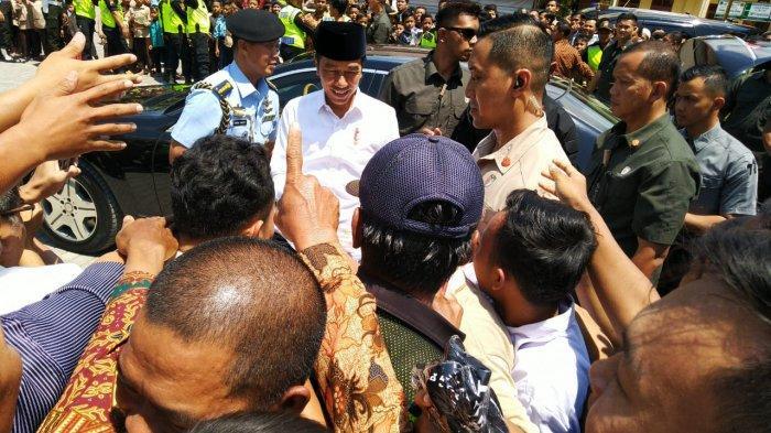 Menteri Diserang, TNI Evaluasi Pengamanan Presiden Jokowi Masihkah Boleh Rakyat Bersalaman?