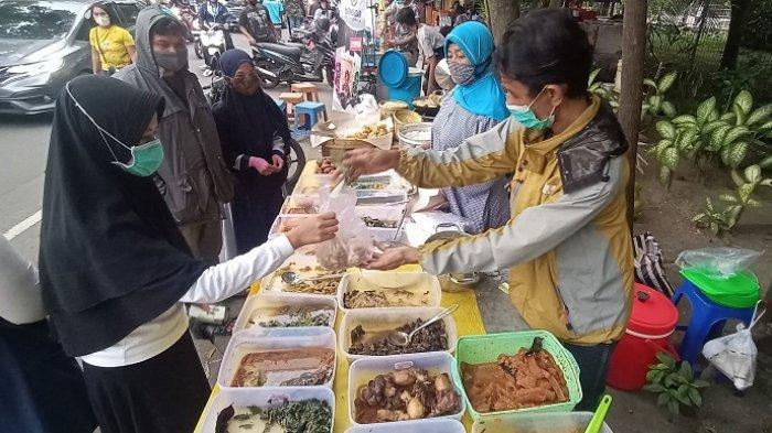 Buka Puasa Perdana di Solo, Pencari Takjil Serbu Kuliner Manahan Solo : Banyak Pilihan, Jadi Bingung