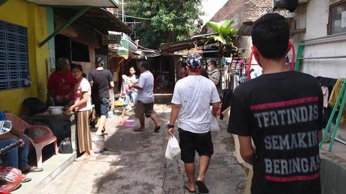 Ringankan Beban Masyarakat Terdampak Corona, Warga Dawung Solo Bagikan 1,5 Ton Beras