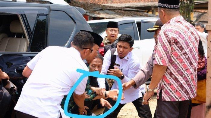 Tanggapan Fahri Hamzah, Rocky Gerung, Andi Arief hingga Dahnil Anzar soal Insiden Penusukan Wiranto
