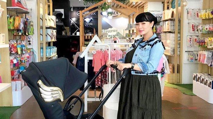 Zaskia Gotik Mulai Belanja Perlengkapan Bayi, Stroller Pilihannya Berharga Belasan Juta Rupiah
