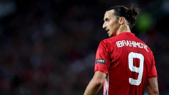 Alasan Dibalik Bertahanya Zlatan Ibrahimovic di AC Milan, Ternyata Hanya Terpaksa