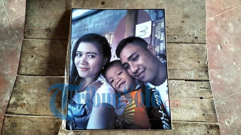 foto-vino-dan-kedua-orangtuanya.jpg