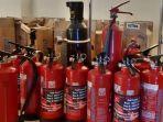 alat-pemadam-api-ringan-apar-yang-disiapkan-dinas-damkar-solo-kamis-3052019.jpg