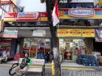 alfamart-dan-indomaret-berdampingan-di-jalan-kopi-kelurahan-roa-malaka-kecamatan-tambora.jpg