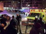 ambulans-di-tempat-kejadian-penembakan-mematikan-di-quebec-islamic-cultural-center-di-quebec-city_20170131_131336.jpg