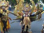 anak-anak-peserta-solo-batik-carnival_20160725_130027.jpg