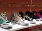 aneka-jenis-sepatu-yang-harganya-mendapat-promo-di-sport-station_20171229_172300.jpg