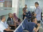 anggota-komisi-iii-dpr-rieva-yuliana-di-kantor-imigrasi-solo-pantau-pembuatan-e-paspor.jpg