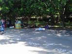 banyak-titik-di-lokasi-baru-sunday-market-yang-masih-kosong-minggu-2182016_20160821_173310.jpg