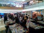 begini-suasana-gramedia-book-fair-di-atrium-hartono-mall-solo_20160918_125529.jpg