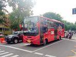 bus-batik-solo-trans-k1-warna-merah-yang-melayani-rute-bandara-adi-soemarmo.jpg