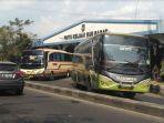 bus-di-terminal-tirtonadi_20180621_200715.jpg