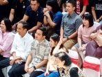 ekspresi-tertawa-presiden-joko-widodo-melihat-cucunya-tampil-bermain-electone.jpg
