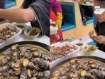 gadis-ini-makan-banyak-abalon-mahal-di-restoran-all-you-can-eat.jpg