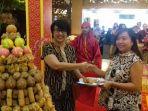 general-manager-the-sunan-hotel-solo-retno-wulandari_20170511_174659.jpg