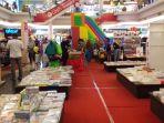 gramedia-book-fair-solo-square_20170528_083959.jpg