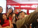 ini-dia-pemilik-pertama-iphone-7-resmi-di-indonesia_20170402_135040.jpg