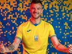 jersey-timnas-ukraina.jpg