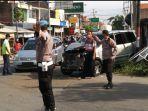 kecelakaan-mobil-kijang-vs-bus-rajawali.jpg