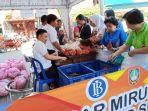 kegiatan-pasar-murah-bawang-di-kios-mirunggan-pasar-gede-soloselasa-942019-2.jpg