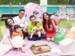 keluarga-bahagia-anang-dan-ashanty_20180415_130714.jpg