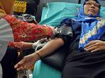 kerja-sama-dengan-pmi-lorin-solo-hotel-gelar-donor-darah_20170127_083355.jpg