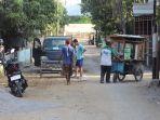 kondisi-jalan-di-kampung-kenteng-rt-4-rw-7-kelurahan-semanggi_20180915_132607.jpg
